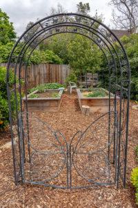Family Friendly Cottage Garden 17